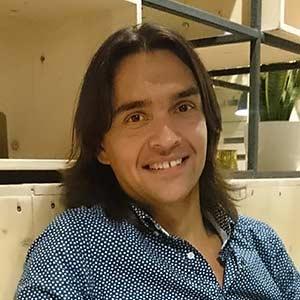 Robert Tuzson