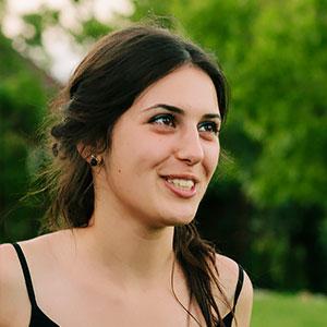 Alexandra Soare